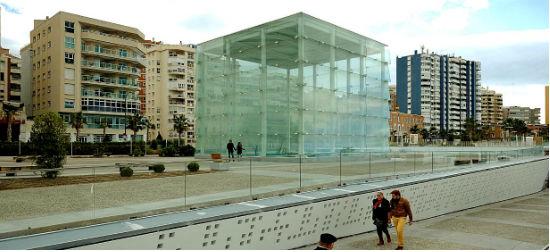 Fernando Castro Flórez. Centro Pompidou de Málaga. Museo de San Peterburgo en Málaga. El cubo de cristal.
